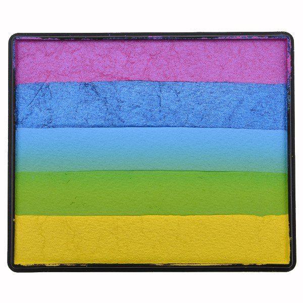 Sillyfarm Pearl Peace Rainbow Cake