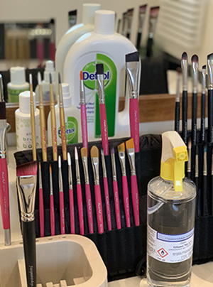 Hygiene for facepainters  and make-up artists.