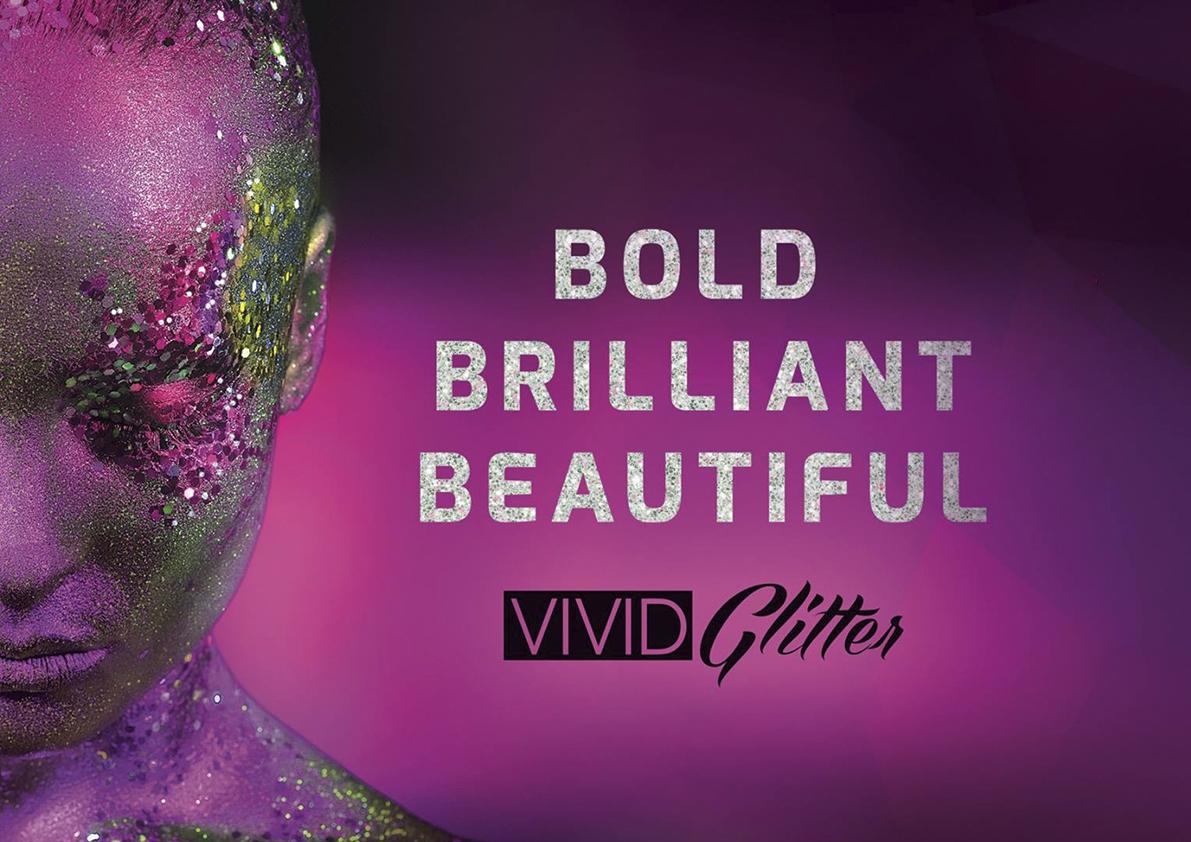 Verfraai je schmink ontwerpen met glitter op Vaseline basis!